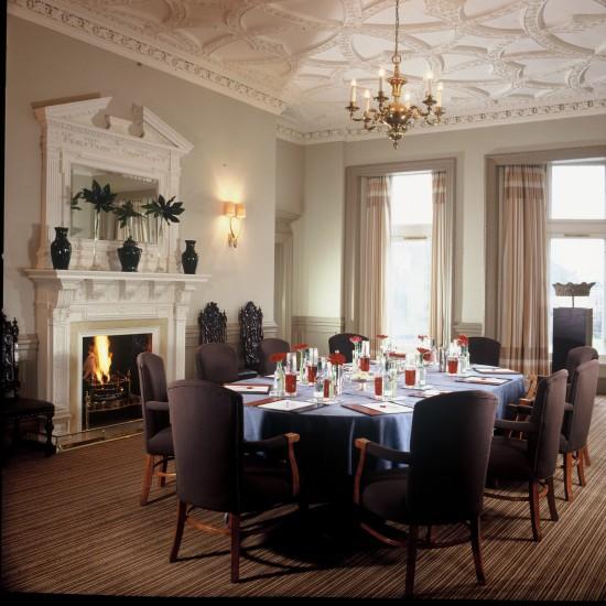 The-Balmoral-Edinburgh-–-Carron-Suite-overlooking-Edinburgh-Castle-799