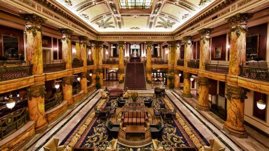 jefferson_grand-staircase